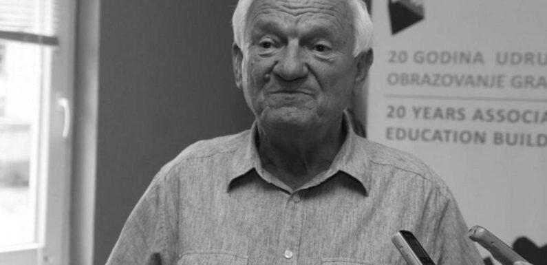 U Sarajevu preminuo Jovan Divjak, bivši general Armije BiH