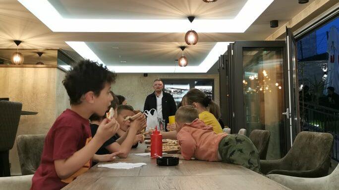 Iftar za najmladje postace