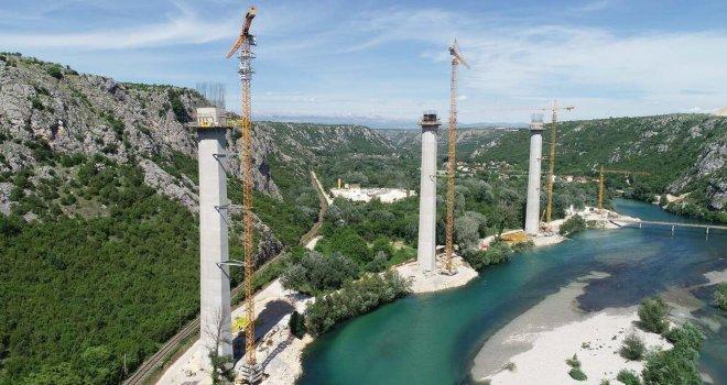 Nad Neretvom niče most kakav BiH još nije imala. A kad bude gotov iz Splita će se moći 'skoknuti' u Sarajevo na ćevape